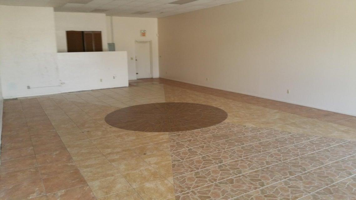 Additional photo for property listing at 6366 SE Federal Highway 6366 SE Federal Highway Stuart, Florida 34997 Estados Unidos