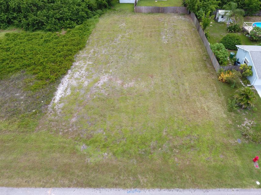 Additional photo for property listing at 2149 SW Monterrey Lane  Port St. Lucie, Florida 34953 Estados Unidos