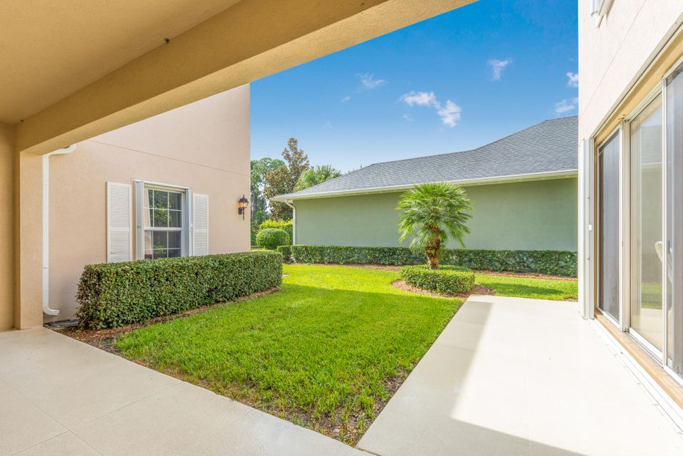 Additional photo for property listing at 505 Caravelle Drive  Jupiter, Florida 33458 Estados Unidos