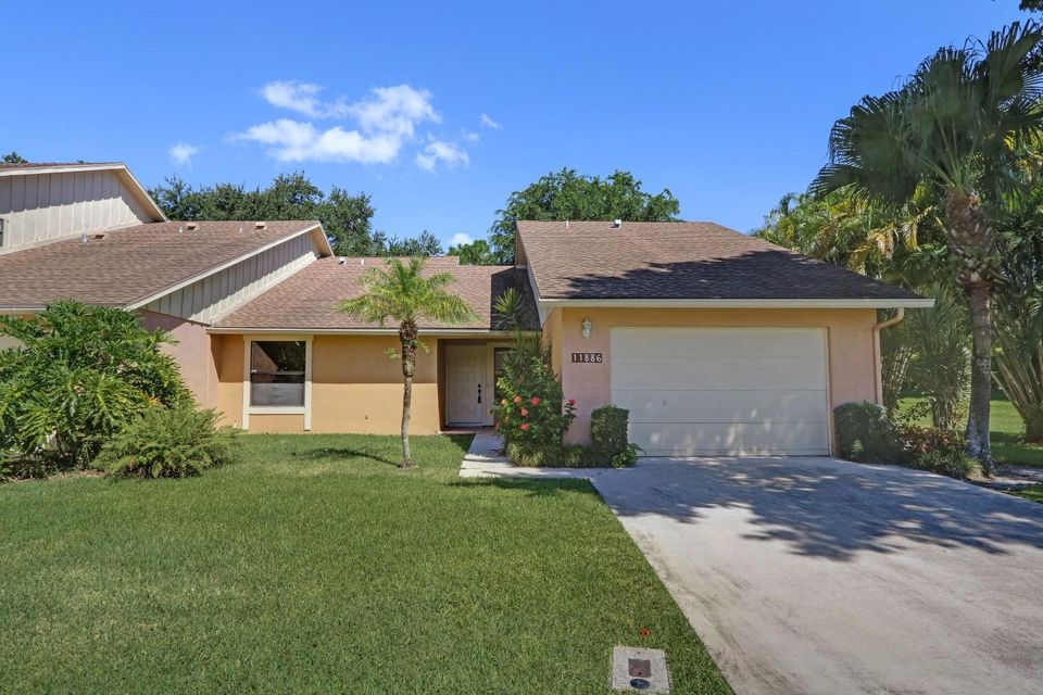 Townhouse for Sale at 11886 Donlin Drive Wellington, Florida 33414 United States