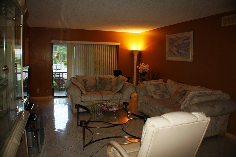 9875 Pineapple Tree Drive Boynton Beach, FL 33436 - photo 15