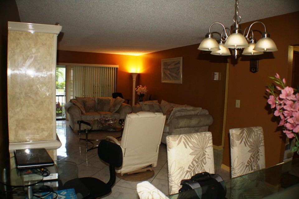9875 Pineapple Tree Drive Boynton Beach, FL 33436 - photo 21