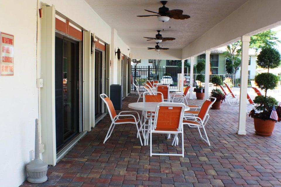9875 Pineapple Tree Drive Boynton Beach, FL 33436 - photo 25