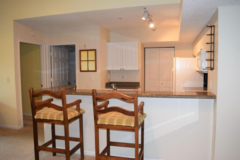Additional photo for property listing at 272 Village Boulevard 272 Village Boulevard Tequesta, Florida 33469 Vereinigte Staaten