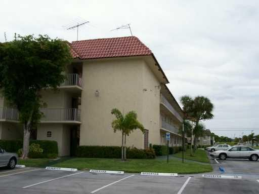 Additional photo for property listing at 750 SE 6 Avenue 750 SE 6 Avenue Deerfield Beach, Florida 33441 Estados Unidos