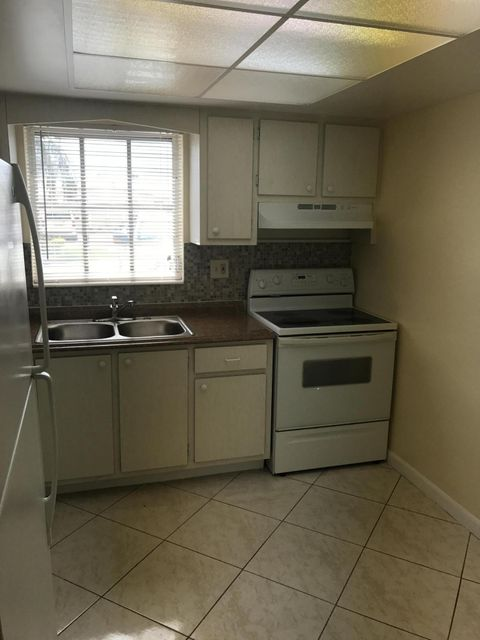 Additional photo for property listing at 2760 Dudley Drive E  West Palm Beach, Florida 33415 United States