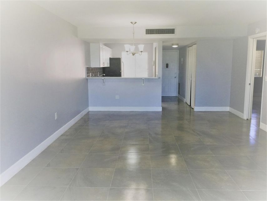 Additional photo for property listing at 4832 Esedra Court 4832 Esedra Court Lake Worth, Florida 33467 United States