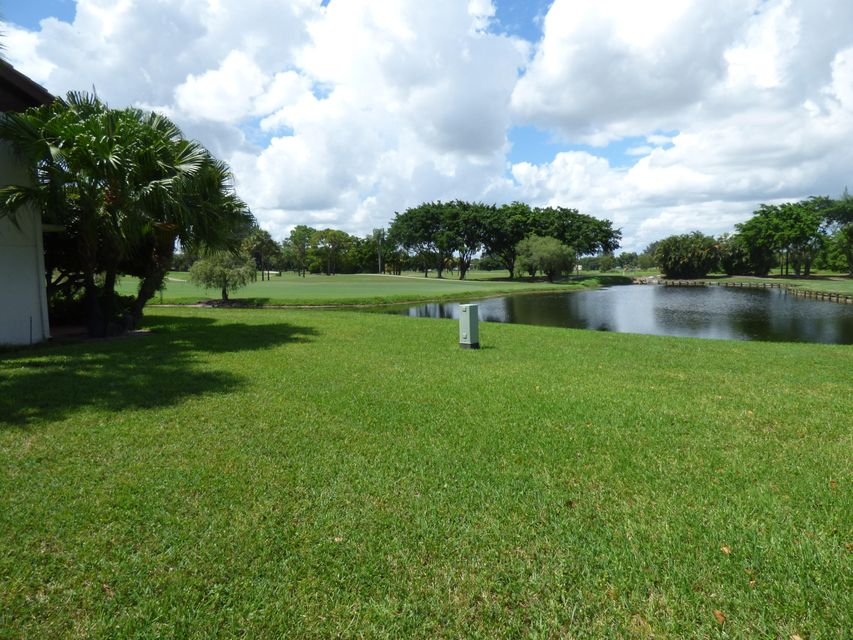 Additional photo for property listing at 5246 Fountains Drive S  Lake Worth, Florida 33467 United States