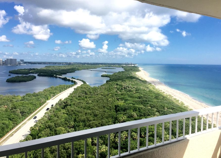 Additional photo for property listing at 5550 N Ocean Drive 5550 N Ocean Drive Singer Island, Florida 33404 United States