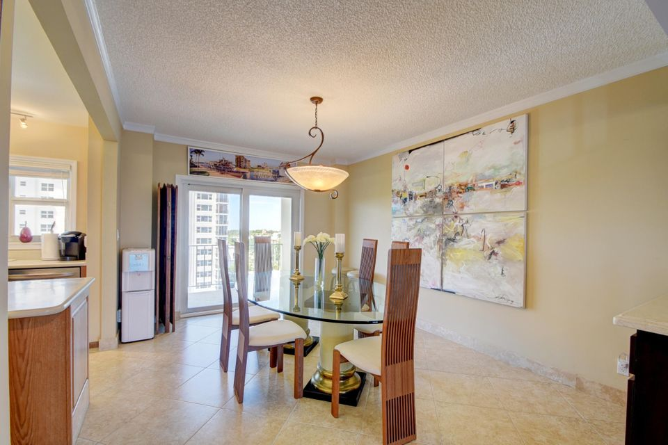 Additional photo for property listing at 220 Macfarlane Drive 220 Macfarlane Drive Delray Beach, Florida 33483 Vereinigte Staaten