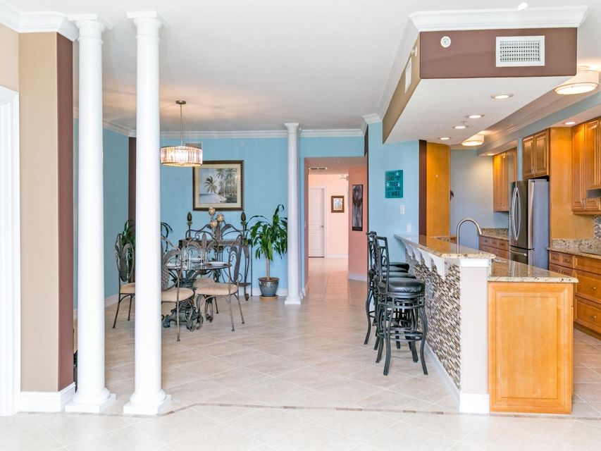 Additional photo for property listing at 4180 N A1a  # 202B 4180 N A1a  # 202B 皮尔斯, 佛罗里达州 34949 美国