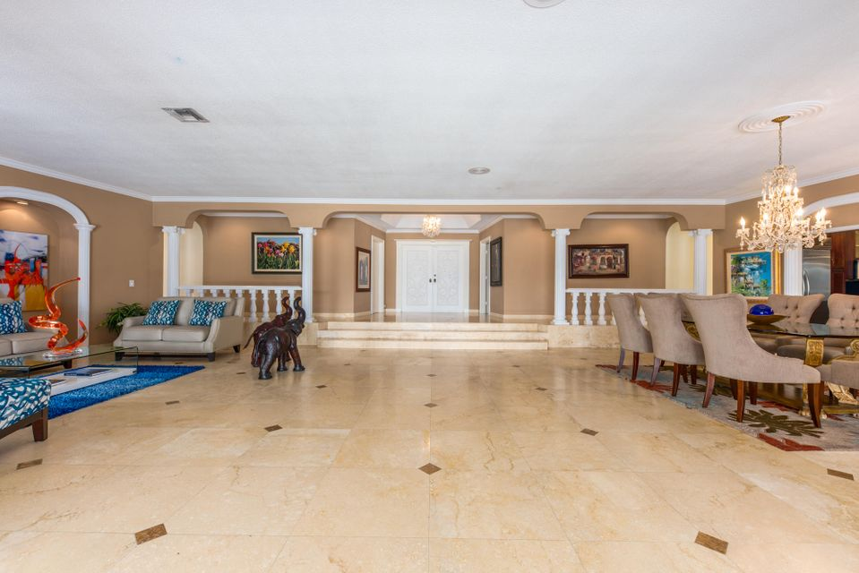 Additional photo for property listing at 600 Atlantis Estates Way 600 Atlantis Estates Way Atlantis, Florida 33462 United States