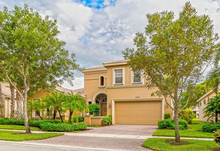 Single Family Home for Sale at 9338 Via Classico 9338 Via Classico Wellington, Florida 33411 United States