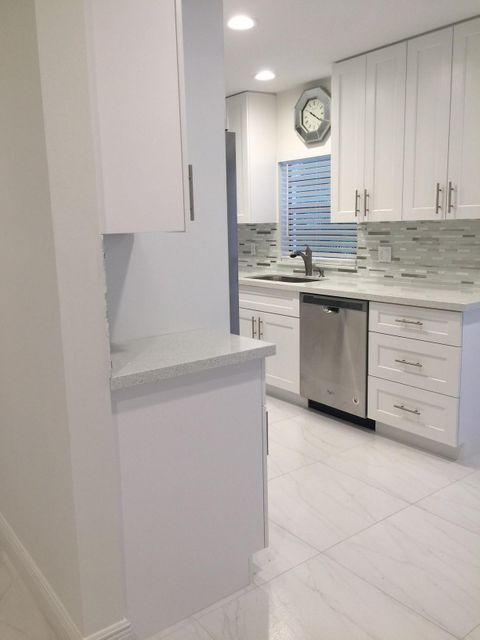 Additional photo for property listing at 7994 Eastlake Drive 7994 Eastlake Drive Boca Raton, Florida 33433 Estados Unidos