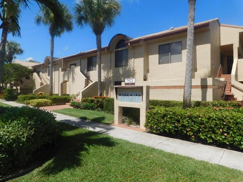 Konsum / Eigentumswohnung für Verkauf beim 7521 Glendevon Lane 7521 Glendevon Lane Delray Beach, Florida 33446 Vereinigte Staaten