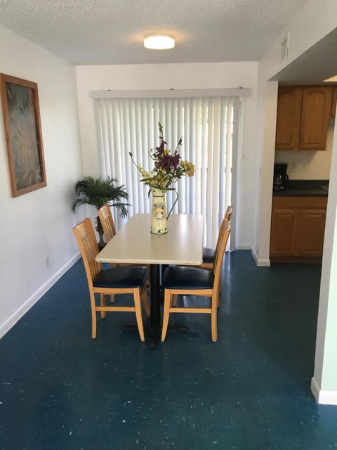 Additional photo for property listing at 3480 Summer Street 3480 Summer Street Palm Springs, Florida 33461 United States