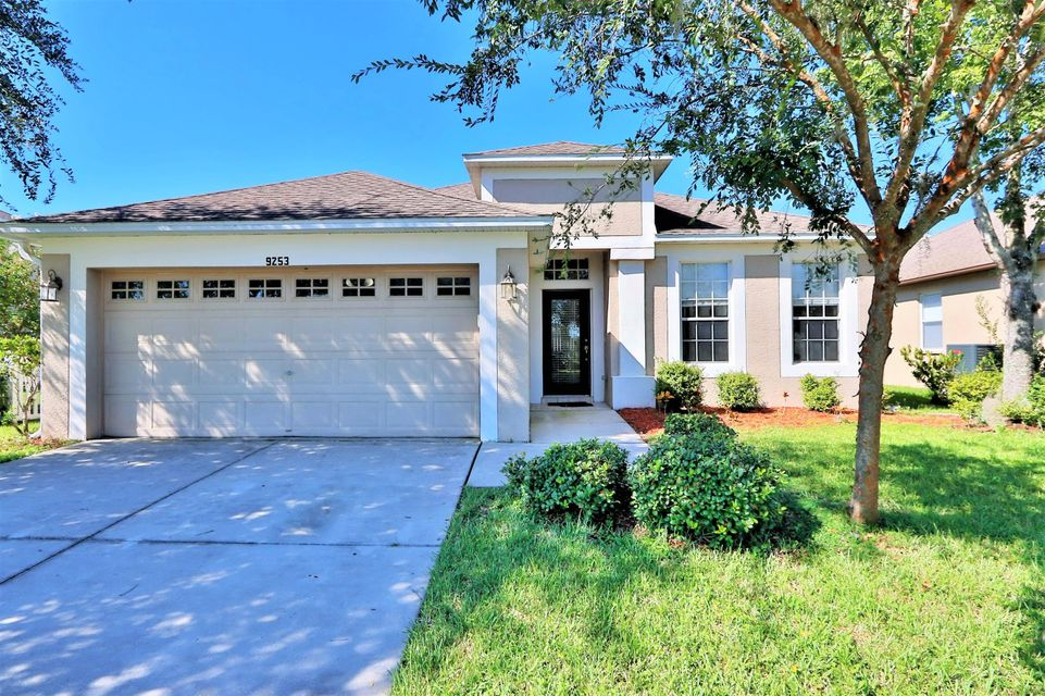 واحد منزل الأسرة للـ Sale في 9253 Black Thorn Loop Land O' Lakes, Florida 34638 United States