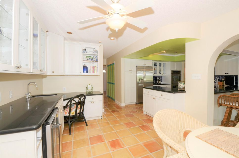 Additional photo for property listing at 3140 Jasmine Drive  Delray Beach, Florida 33483 United States