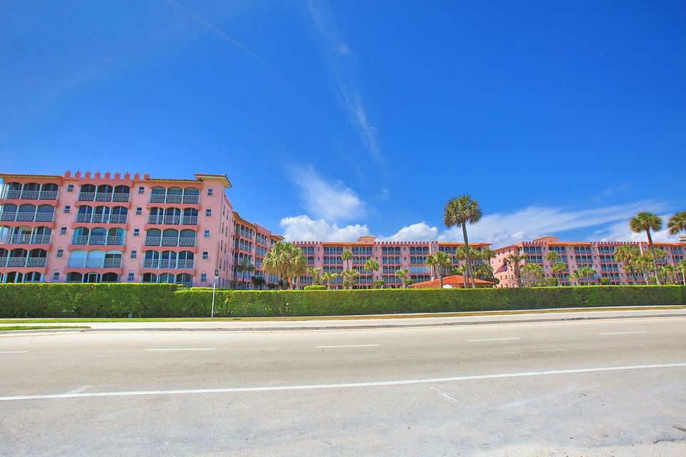 Additional photo for property listing at 1099 S Ocean Blvd Boulevard E 1099 S Ocean Blvd Boulevard E Boca Raton, Florida 33432 États-Unis