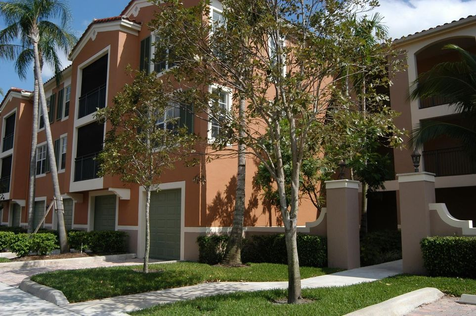 Co-op / Condo for Rent at 11720 Saint Andrews Place 11720 Saint Andrews Place Wellington, Florida 33414 United States