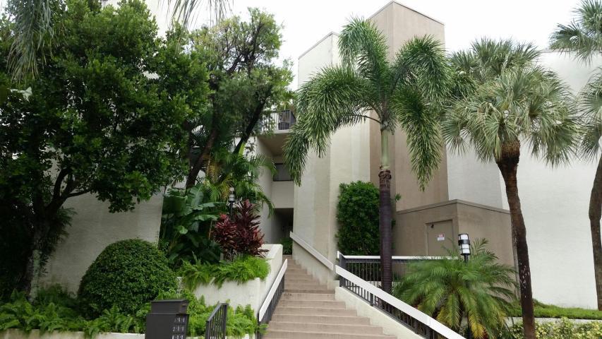 Cooperativa / condomínio para Venda às 800 N Ocean Boulevard Delray Beach, Florida 33483 Estados Unidos