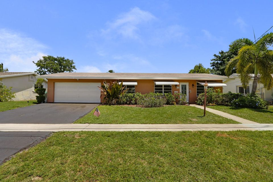 Home for sale in South Creek Coconut Creek Florida