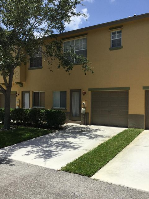 Additional photo for property listing at 1890 SE Grand Drive  Port St. Lucie, Florida 34952 United States