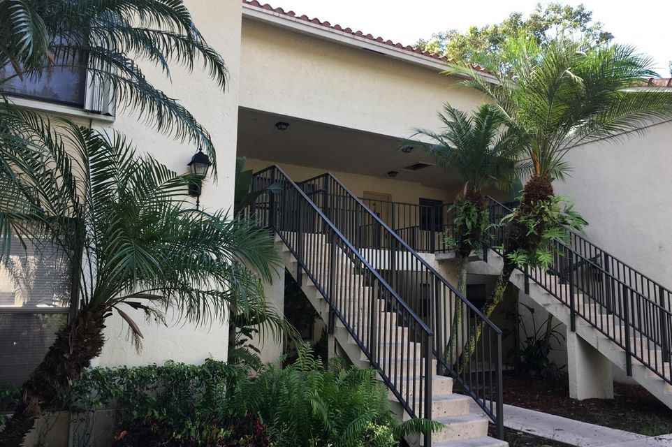 1740 Windorah Way H , West Palm Beach FL 33411 is listed for sale as MLS Listing RX-10358804 11 photos