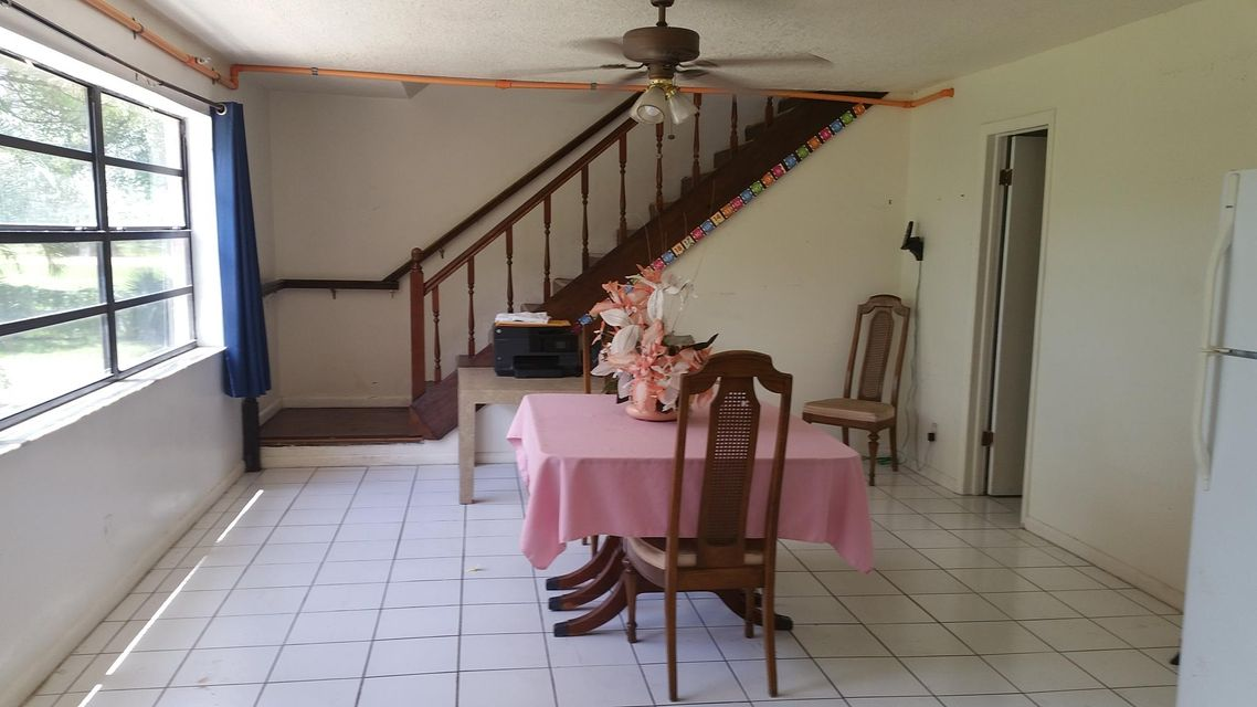Additional photo for property listing at 11820 49th Street N 11820 49th Street N West Palm Beach, Florida 33411 Estados Unidos