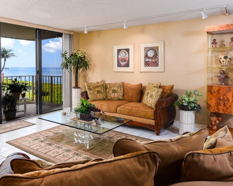 Konsum / Eigentumswohnung für Verkauf beim 3200 S Ocean Boulevard Palm Beach, Florida 33480 Vereinigte Staaten