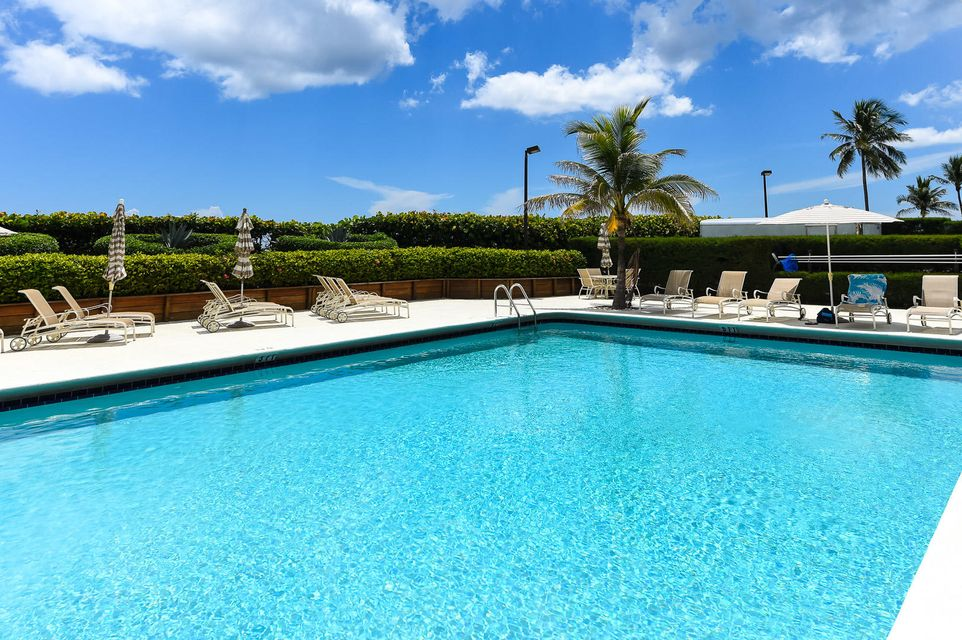 Additional photo for property listing at 3200 S Ocean Boulevard 3200 S Ocean Boulevard Palm Beach, Florida 33480 États-Unis