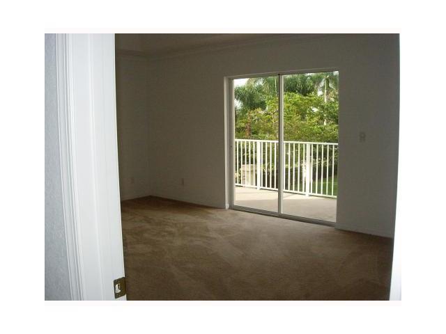 176 Bellezza Terrace Royal Palm Beach, FL 33411 photo 6