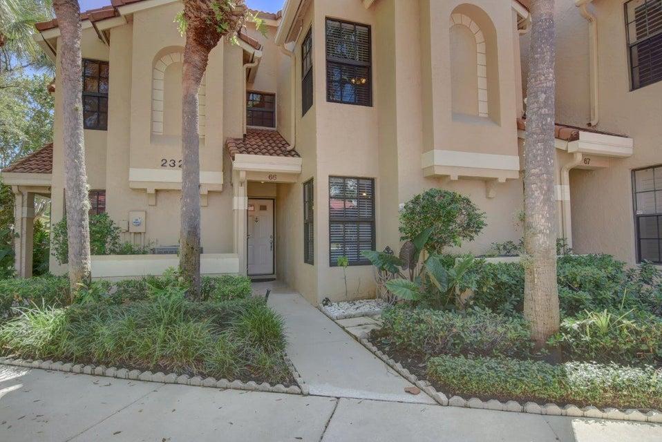 Townhouse for Sale at 2320 Treasure Isle Drive 2320 Treasure Isle Drive Palm Beach Gardens, Florida 33410 United States