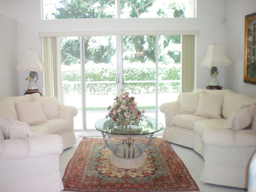 Palm Isles West 9600 Arbor-view Drive