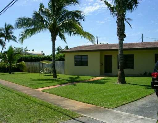 1425 NE 5th Avenue  Boca Raton FL 33432