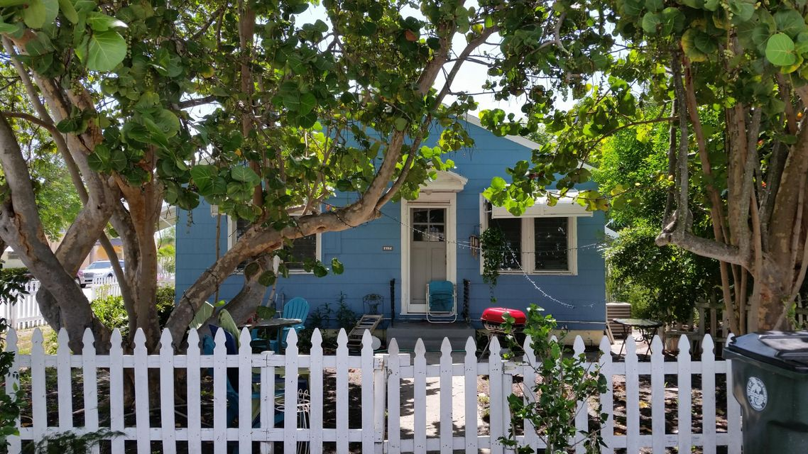 Duplex for Sale at 415 9th Avenue Lake Worth, Florida 33460 United States