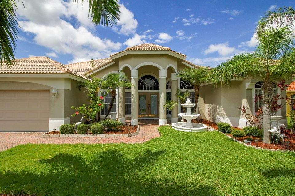Additional photo for property listing at 376 SW Egret Landing(s) 376 SW Egret Landing(s) Port St. Lucie, Florida 34953 United States