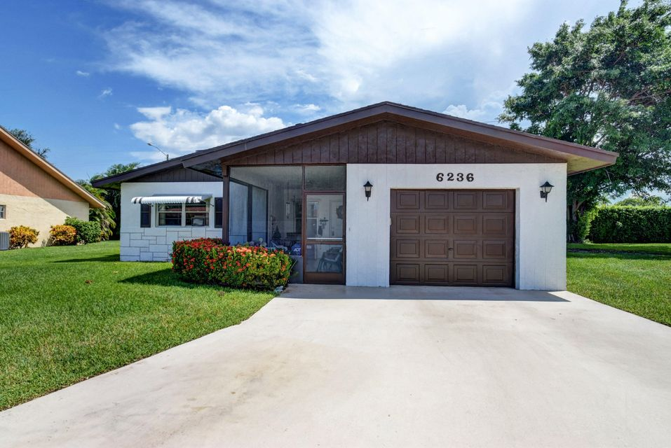 6236 Stanley Lane , Delray Beach FL 33484 is listed for sale as MLS Listing RX-10359244 45 photos
