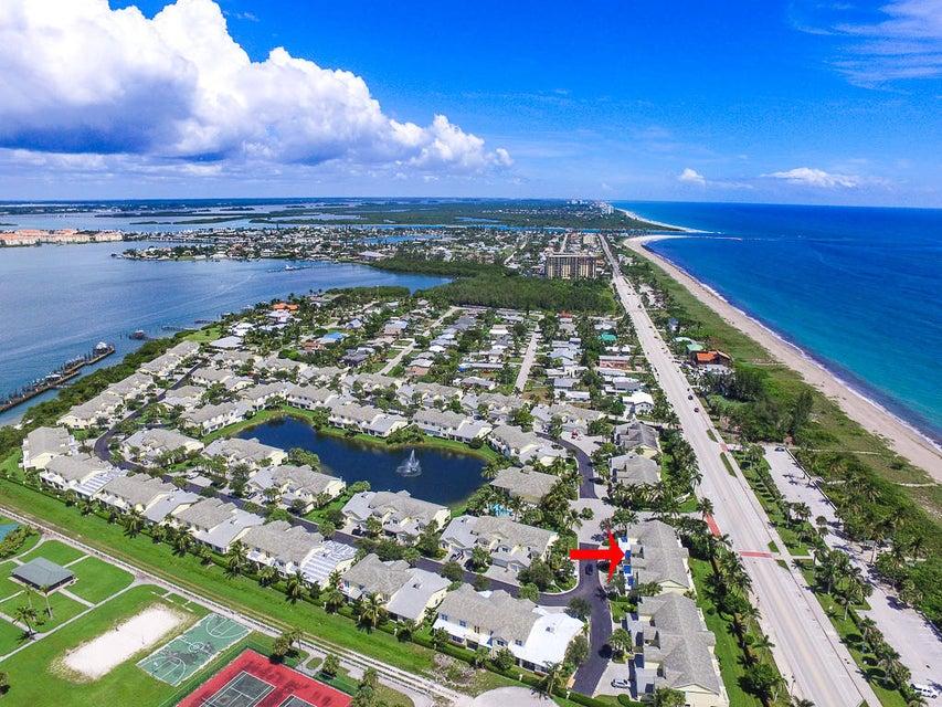 Maison accolée pour l Vente à 2202 Mariner Bay Boulevard 2202 Mariner Bay Boulevard Fort Pierce, Florida 34949 États-Unis