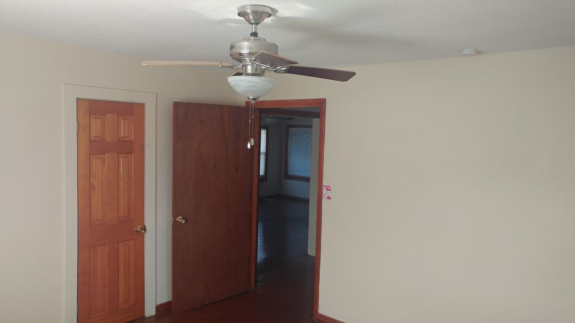 Additional photo for property listing at 1207 S 25th Street 1207 S 25th Street Fort Pierce, Florida 34950 United States