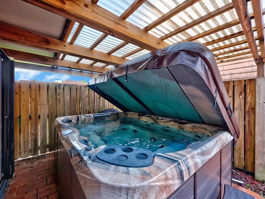 Additional photo for property listing at 2006 20th Lane  Palm Beach Gardens, Florida 33418 États-Unis