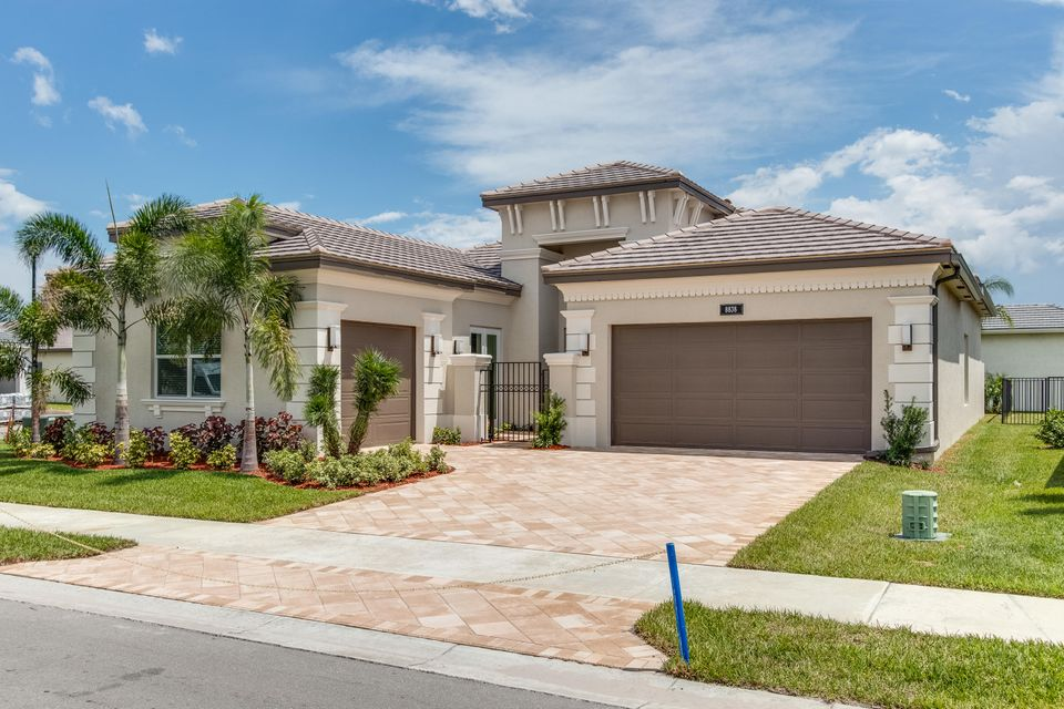 Valencia Bay home 8838 Golden Mountain Circle Boynton Beach FL 33473