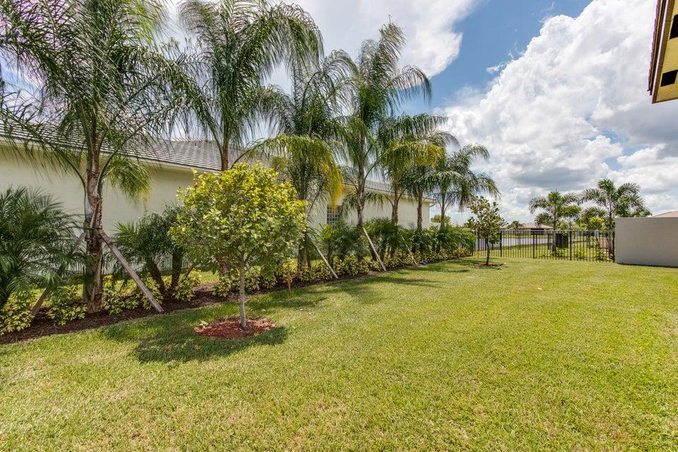 8838 Golden Mountain Circle Boynton Beach FL 33473 - photo 22