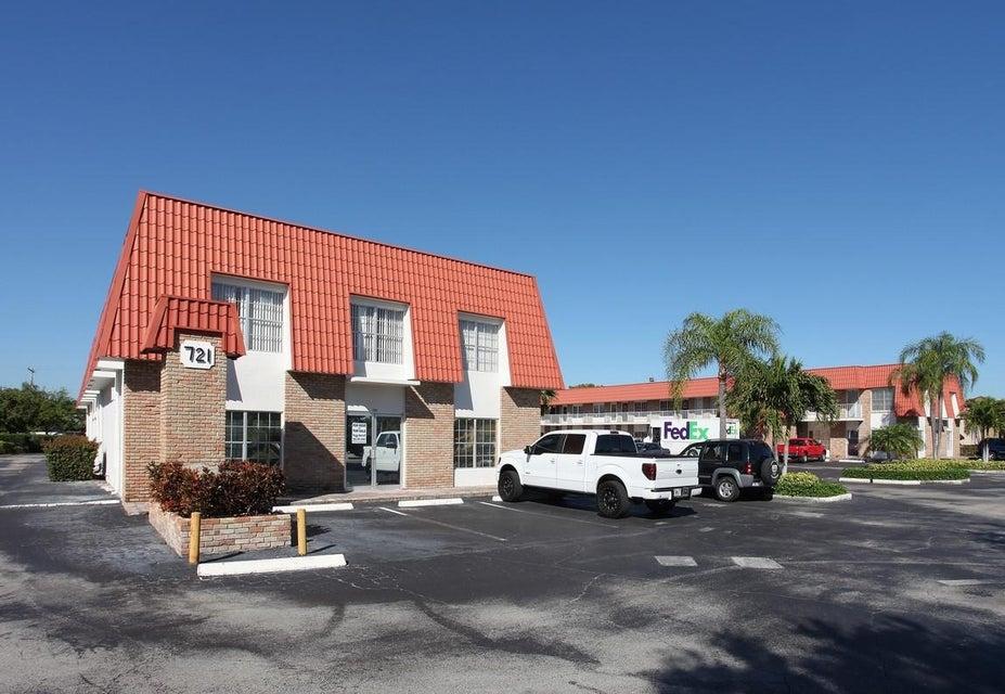 Additional photo for property listing at 721 Us-1 721 Us-1 北棕榈滩, 佛罗里达州 33408 美国