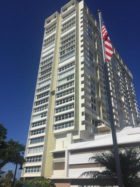 Co-op / Condominio por un Alquiler en 111 Briny Avenue 111 Briny Avenue Pompano Beach, Florida 33062 Estados Unidos
