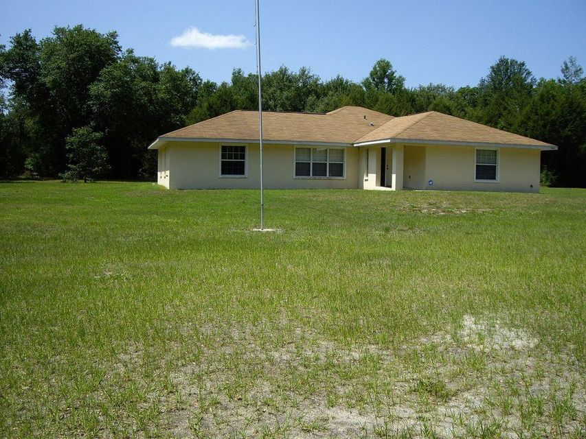 Single Family Home for Sale at 13277 SW 73 Avenue 13277 SW 73 Avenue Archer, Florida 32618 United States