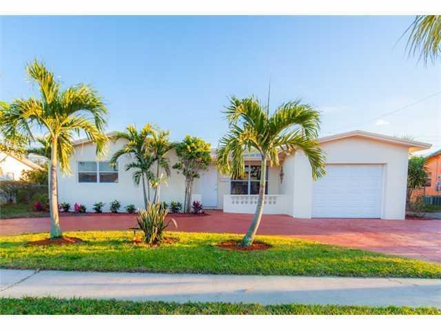 واحد منزل الأسرة للـ Sale في 4760 NW 17th Street Lauderhill, Florida 33313 United States