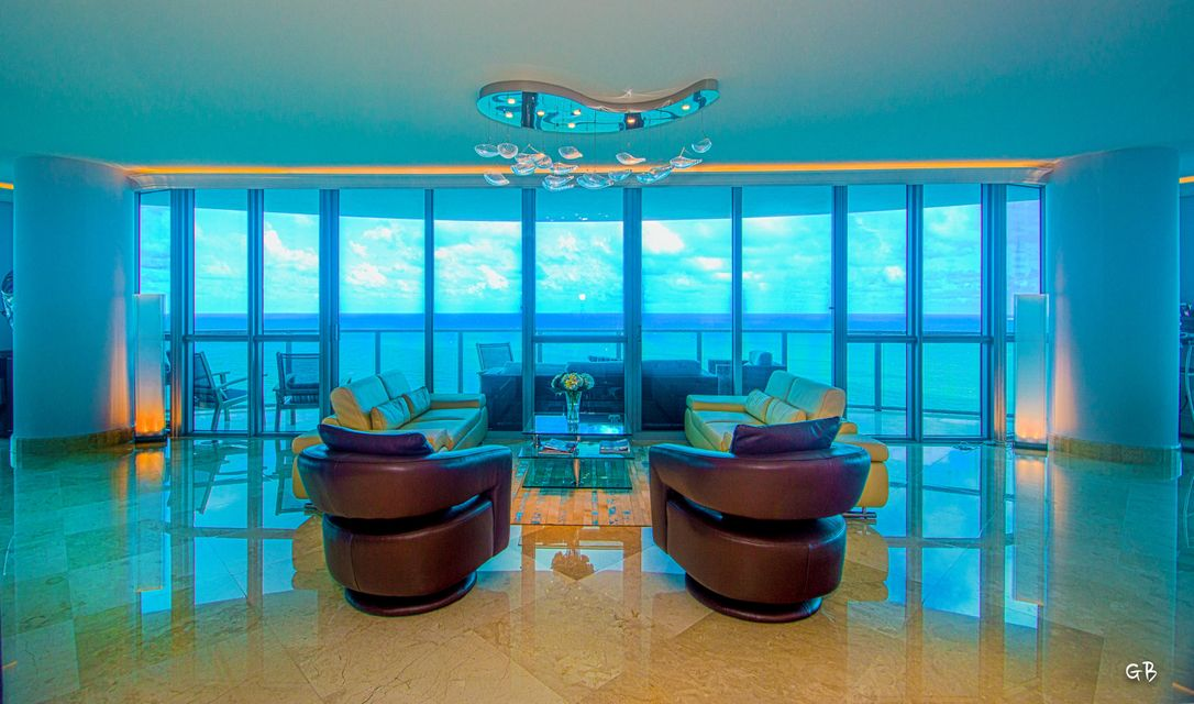 Co-op / Condo for Sale at 3101 S Ocean Drive 3101 S Ocean Drive Hollywood, Florida 33019 United States