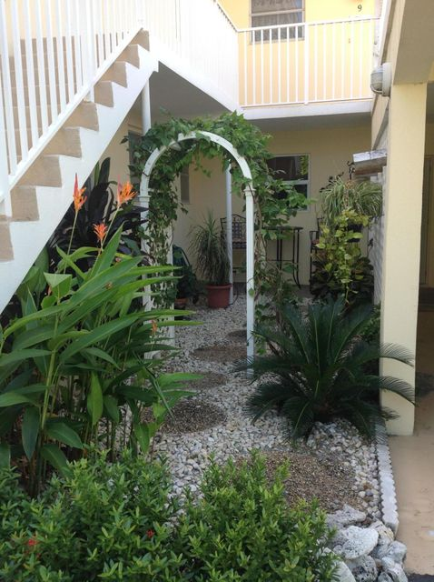Additional photo for property listing at 1189 Hillsboro Mile 1189 Hillsboro Mile Hillsboro Beach, Florida 33062 Estados Unidos