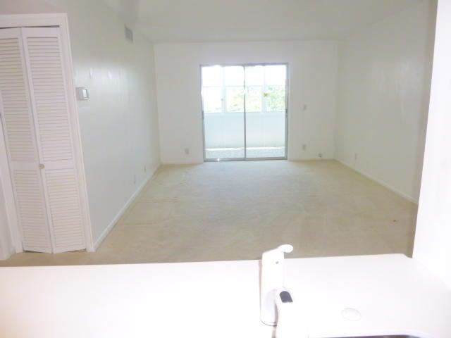 Additional photo for property listing at 230 NE 26th Avenue 230 NE 26th Avenue 博因顿海滩, 佛罗里达州 33435 美国